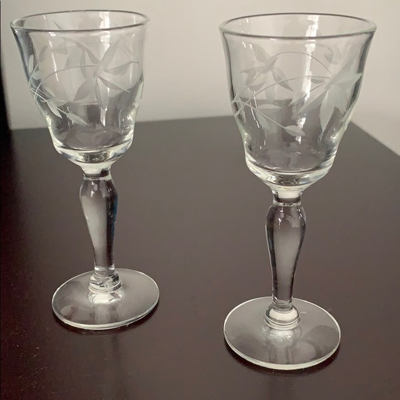 Vintage Small Wine/Shot Glasses with Etched Design